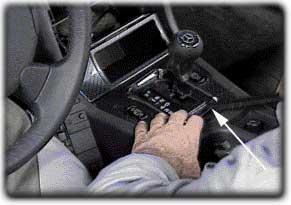 R170 Mercedes SLK Mittelkonsole Bild 1